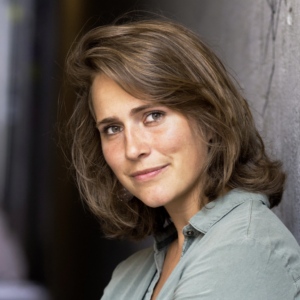 Emma Bruns: Arts, onderzoeker en publicist