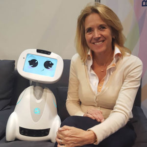 Anita van den Hoek, Robotzorg en robotica